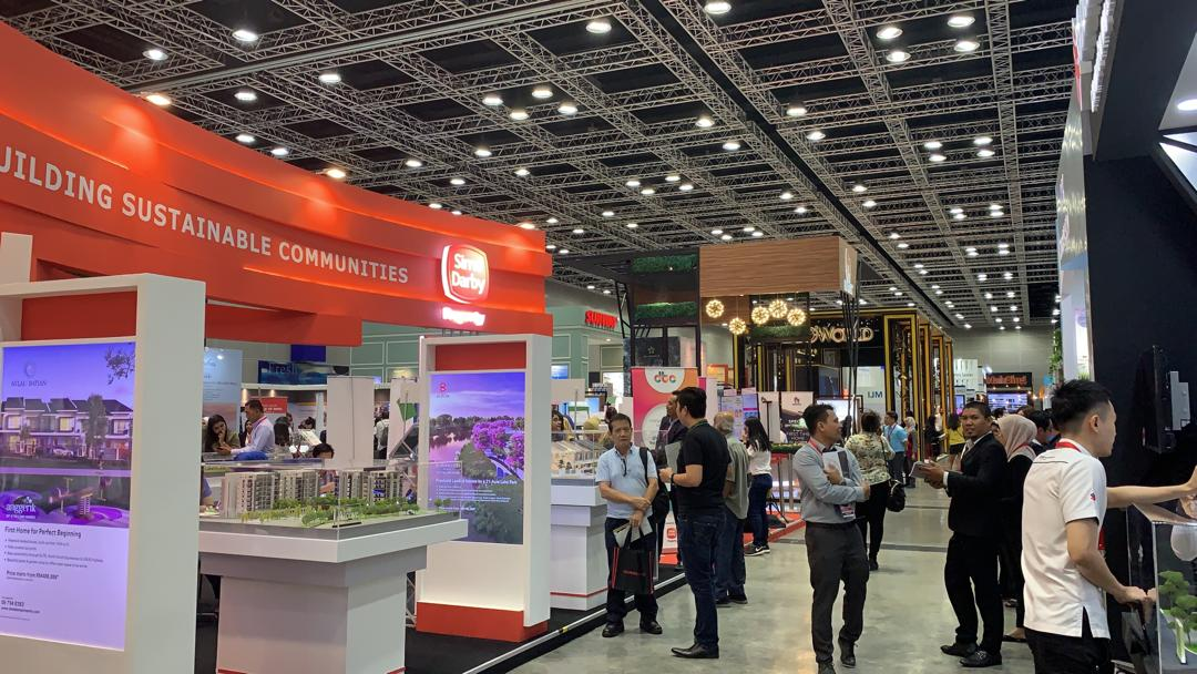According to a REHDA survey conducted on 1,747 visitors at the expo, 77% of participants said they would buy a house within the HOC period, aided by incentives such as the stamp duty exemption and discounts from developers.